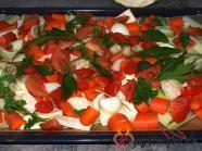 Rohes Gemüse auf dem Backblech