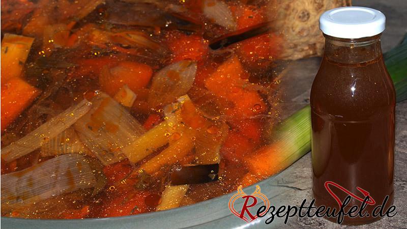 Rezept - Gemüsebrühe im Slow Cooker oder Topf gegart (und eingekocht)