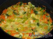 Das Gemüse mit der Soße