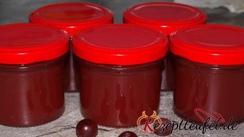 Weintraubengelee von roten Weintrauben